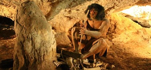 Bandeau-grottes-sare-homme-prehistorique.jpeg