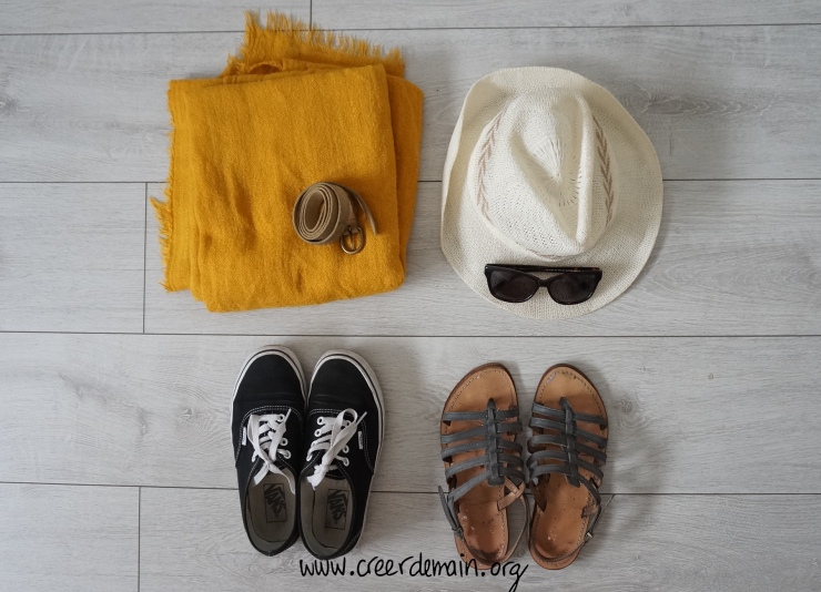 accessoire minimaliste.JPG